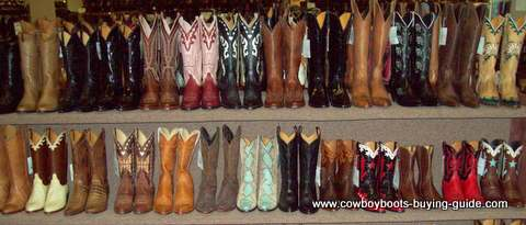 Buy Cowboy Boots: where to buy online? And where else can I go to
