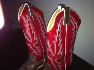 Gently-Used Women's Justin Cowboy Boots for Sale